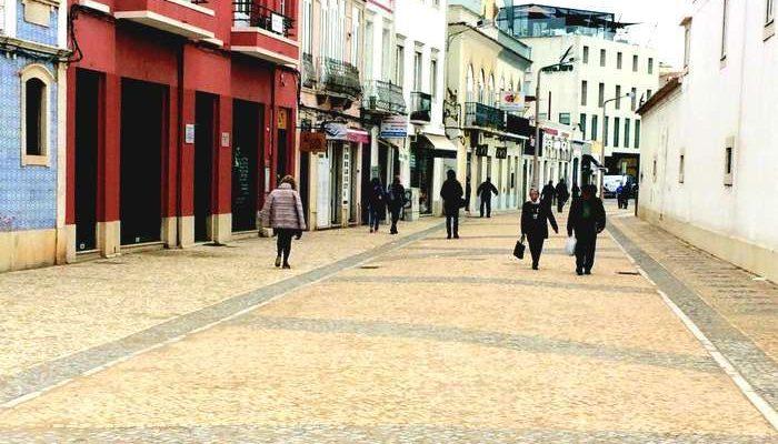 Rua da Alfândega em Faro, reabriu como pedonal