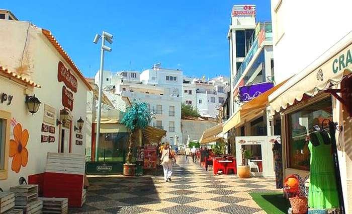Rua de Albufeira antes das cheias de Novembro 2015