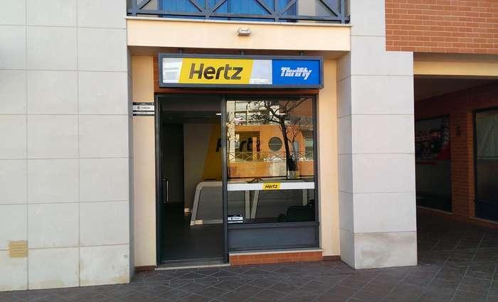 Nova Loja da Hertz em Albufeira