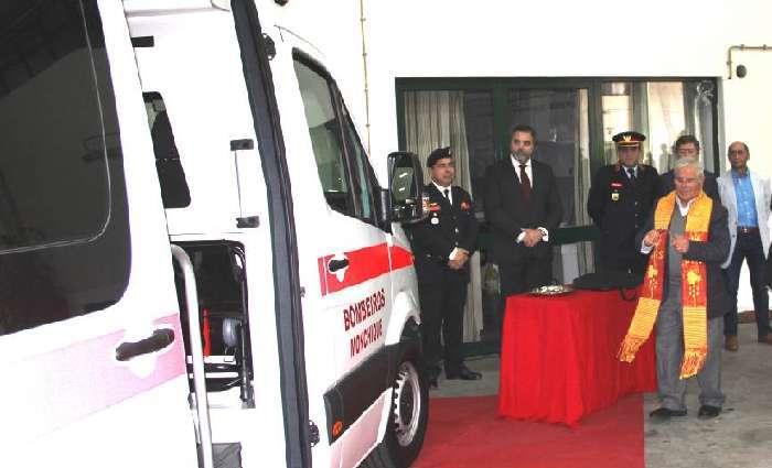 Monchique oferece nova Ambulância aos Bombeiros Locais