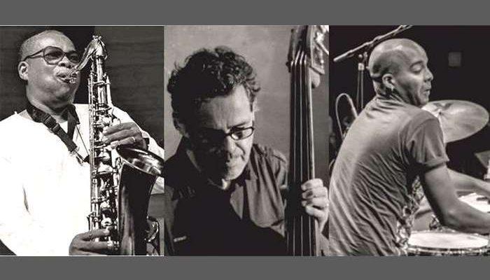 SÁVIO ARAÚJO Trio no Cantaloupe Café em Olhão