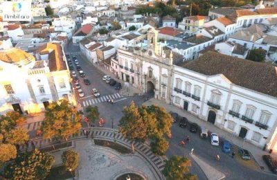 Faro assinala o Dia Mundial do Trânsito