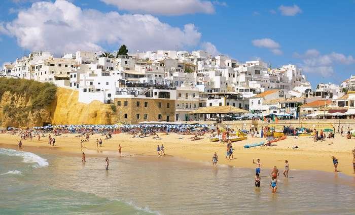 Os melhores destinos dos Algarvios estão no Algarve