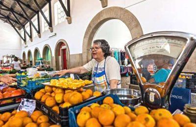 Cultura local no Mercado Fora d'Horas em Silves