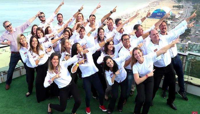 Nissan homenageia Usain Bolt o multicampeão olímpico