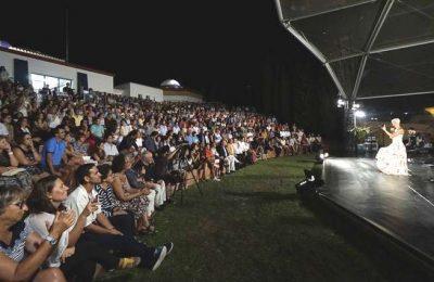 Festival de Lucía esgotou o Revelim de St. António
