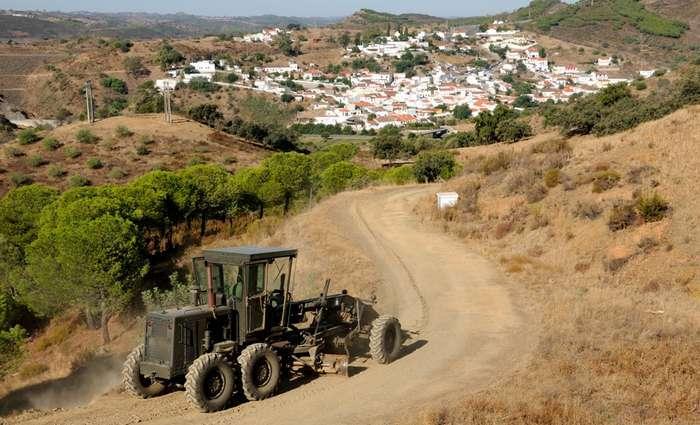 Engenharia Militar beneficia a rede viária de Castro Marim