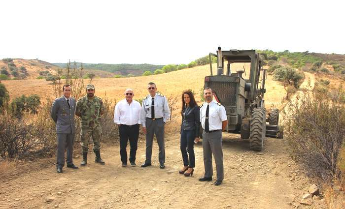 Reabilitação de caminhos agrícolas em Castro Marim