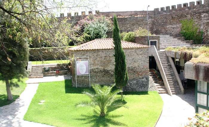 """""""Guitarras e Património"""" no Castelo de Alcoutim"""