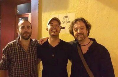 """""""Internacional Trio"""" no Cantaloupe Café em Olhão"""