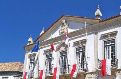 Pavilhão da Penha em Faro é refúgio contra o frio