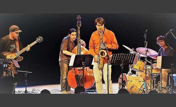 """""""Cuarteto Iberico"""" no Cantaloupe Café em Olhão"""