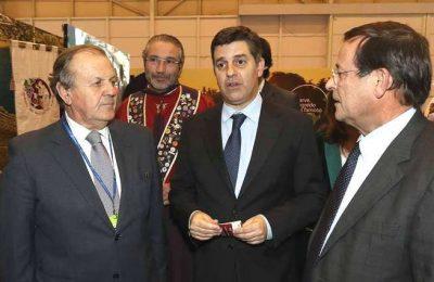 Ministros de visita à BTL provaram os vinhos do Algarve