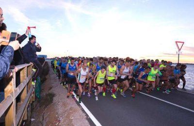 Centenas de participantes na Meia Maratona Noturna H2O