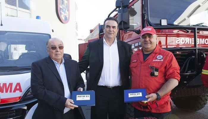 Bombeiros Voluntários de Lagoa recebem novas viaturas