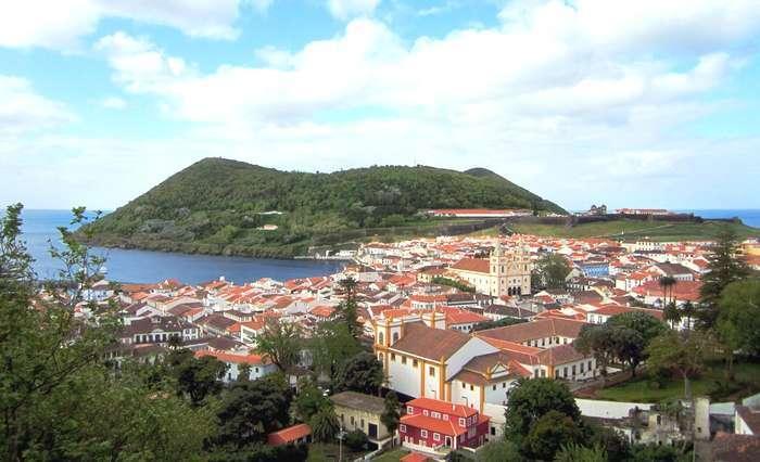Portugueses em Férias na Rota da Ilha Terceira