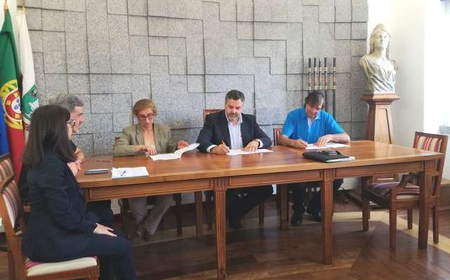 Monchique e SINTAP assinam Acordo Coletivo de Trabalho