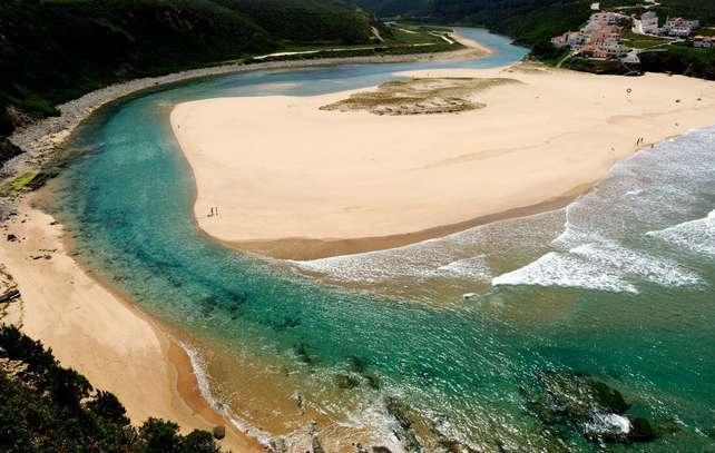 Os 10 Destinos de Praia emergentes em Portugal