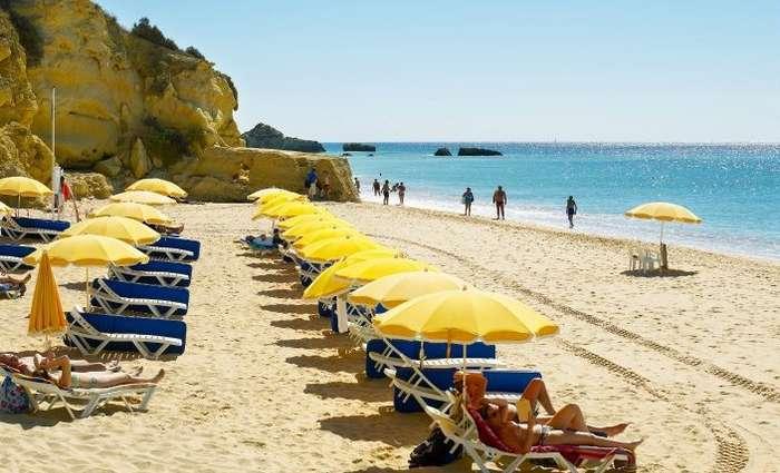 Associação Bandeira Azul certifica 88 Praias no Algarve