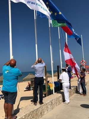 Bandeiras Azuis e da Quercus nas Praias de Faro