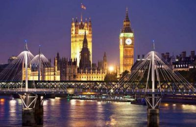 "Destino Algarve promovido na ""The 50+ London Show"""