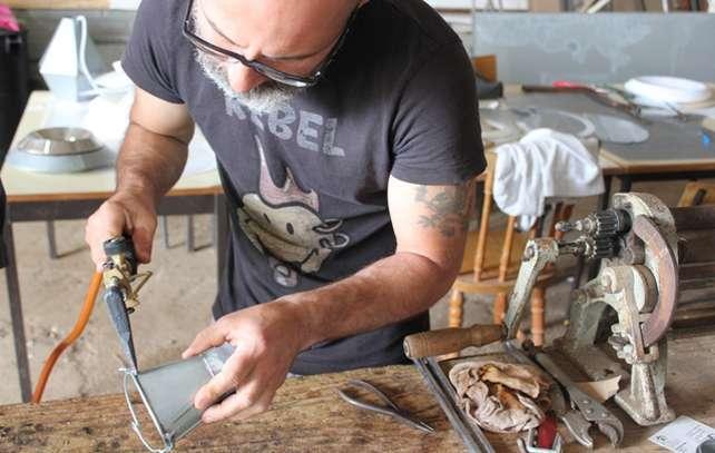 A Arte do Latoeiro no Mercado Fora d´Horas em Silves