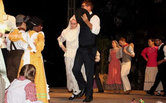 O Azinhal recebeu o XXIII edição do Festival de Folclore