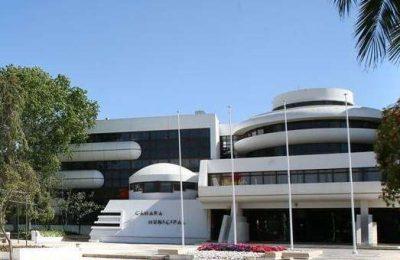 Albufeira isenta o setor turístico concelhio de Taxas Municipais