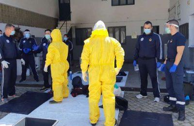 Bombeiros Sapadores de Faro treinam combate ao COVID 19