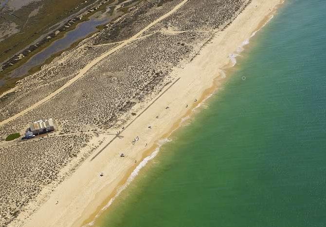 Praias do Algarve oficialmente reabertas este sábado