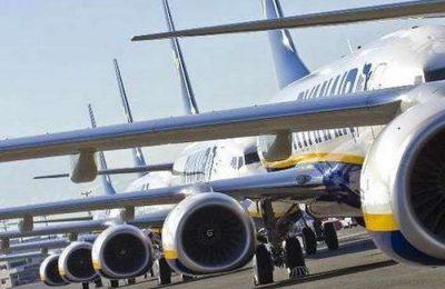 A Ryanair anuncia o reforçar de voos para o Algarve