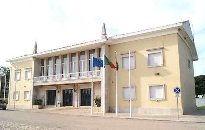 Vila do Bispo atribiu apoios às escolas do Concelho