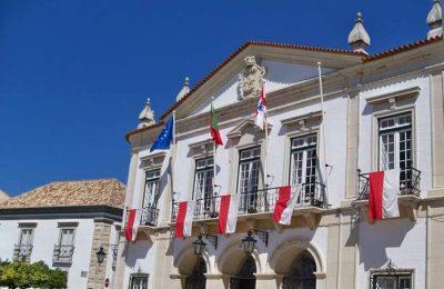 Faro suspende o pagamento nos parquímetros