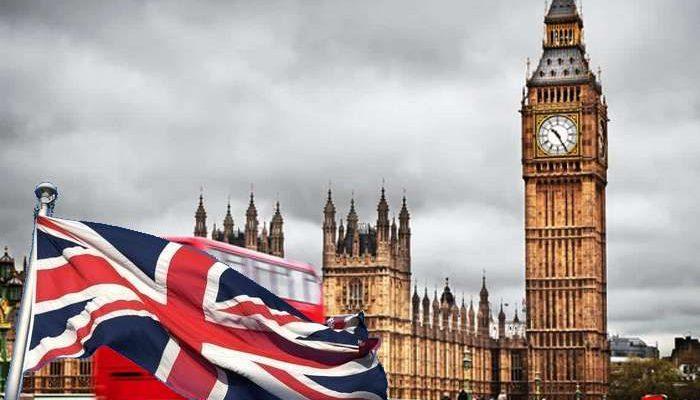 Corrida às reservas de viagens de férias no Reino Unido