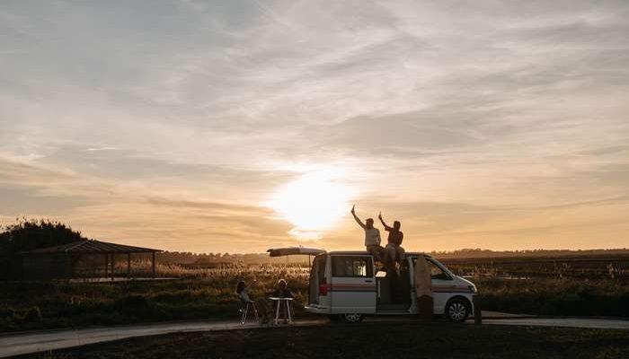 Portugal ocupa o primeiro lugar do pódio como melhor país europeu para uma road trip, conquistando boas pontuações na qualidade das estradas, abundância da natureza, pontos de interesse, e preço dos carros de aluguer.